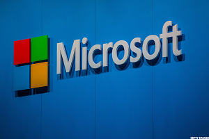 Here's How Microsoft Is Firing on All Cylinders to Compete With Amazon in the Cloud