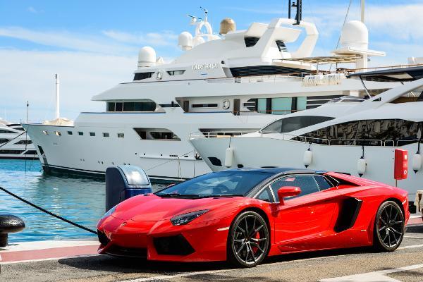 Lamborghini Ceo Dont Expect A Driverless Lambo But Do Expect A
