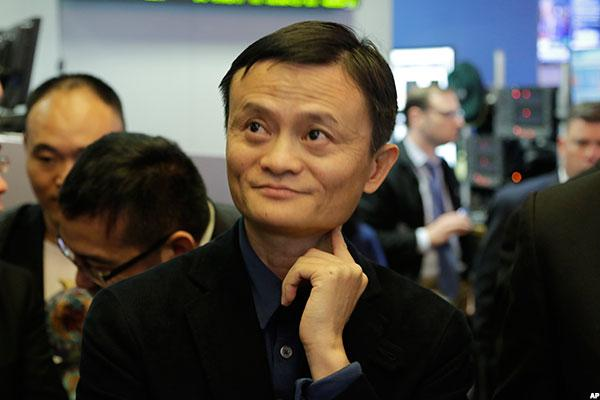 Alibaba Isn't Quite Ready to Let Amazon Lay Claim to India's E-commerce Market
