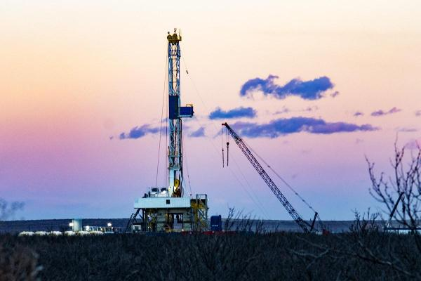Consider Carrizo and Plains All American as Money Flows to Oil Country