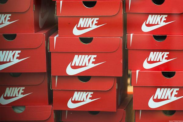 Chinese Sportswear Brands Benefit from Nike, Adidas Pain