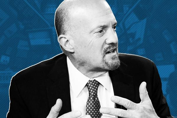 Watch: Jim Cramer Analyzes CAT, CVX, DIS, DWDP, GS, HD, IBM and MCD In Real Time
