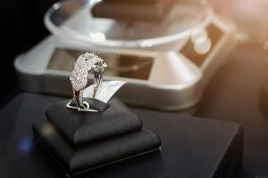 How Millennials Are Impacting the Diamond Industry