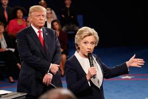 Clinton, Trump Punt Big Bank Policy to Congress