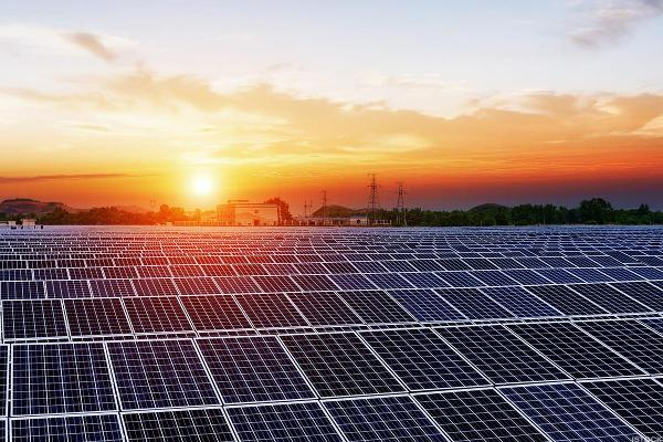 First Solar and SunPower Stocks Dim Despite Friendly Trade Ruling