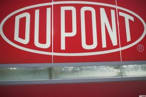 DuPont Tops Earnings -- Jim Cramer Calls CEO a 'Miracle Worker'