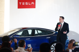 Tesla Has Its Skeptics, but Also Die-Hard Elon Musk Fanboys That Are Laughing at Short Sellers