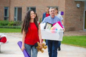 9 Tips That Will Help College Freshmen Save Money