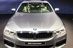 BMW's 5 Series Is a Step Toward Regaining Global Luxury Crown