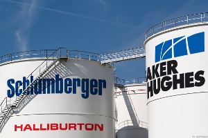 Schlumberger, Baker Hughes Say Global Oil Markets Returning to Balance