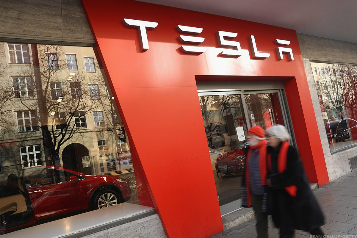 Tesla Shares Slip After Report Says European Head Jan Oehmicke Leaves Company