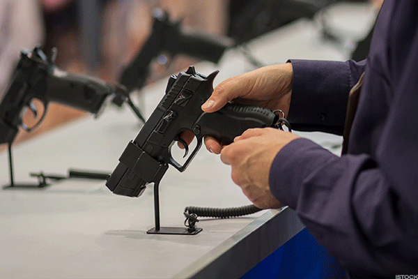 Investors Target Gun Stocks as Instant Background Checks Drop