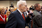Billionaire Warren Buffett Almost Has $100 Billion in Cash to Spend on Buying These 8 Companies