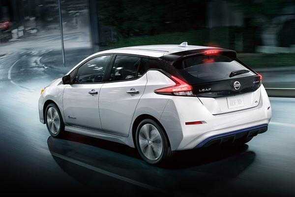 Electric Cars: Nissan LEAF