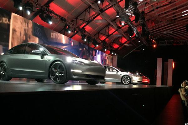 Sure, Tesla Is Cool, but Can It Deliver Model 3s as Fast as GM Makes Bolt EVs?