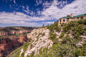 Here's 5 National Park Lodges That Travelers Rave About