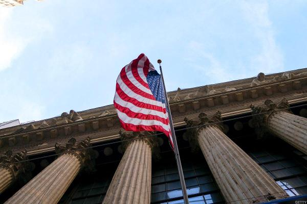Jim Cramer: This Market Rally Is Happening Despite the Government