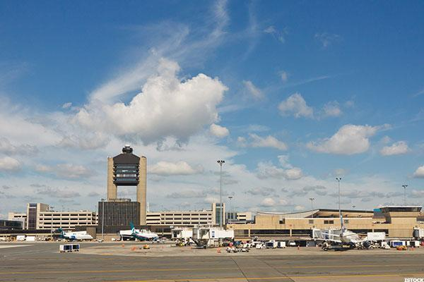 Why Boston Logan Airport Has a Great Credit Rating While LaGuardia's Is Lousy