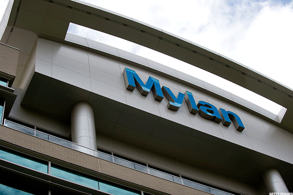 Mylan Falls on FDA Warning on Quality Control