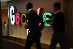 Alphabet Shares Gain as Investors Shrug Off Google Spending Spree After Solid Q1