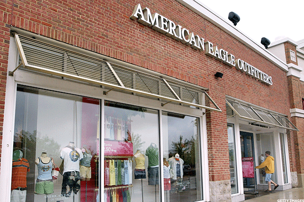 Jim Cramer -- American Eagle's Woes Weigh on Retail