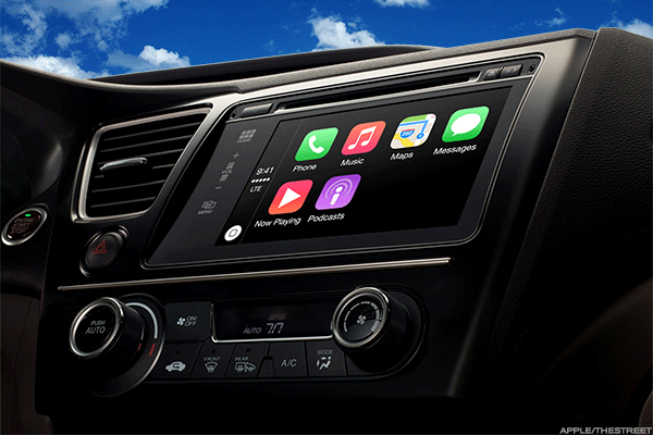 Apple's CarPlay interaction