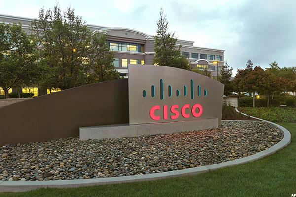 Cisco Reports Next in Weak Quarter for IT Spending