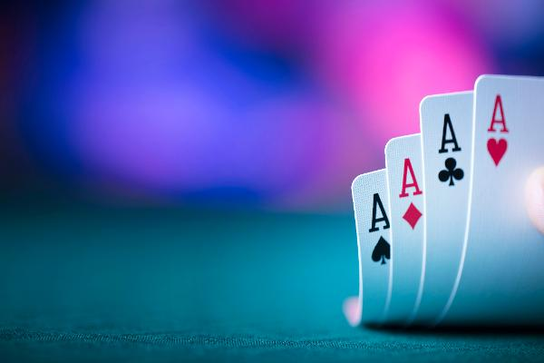 Top Analysts Say Gamble On These 3 Ace Stocks