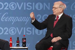 How to Eat Lunch With Billionaire Warren Buffett