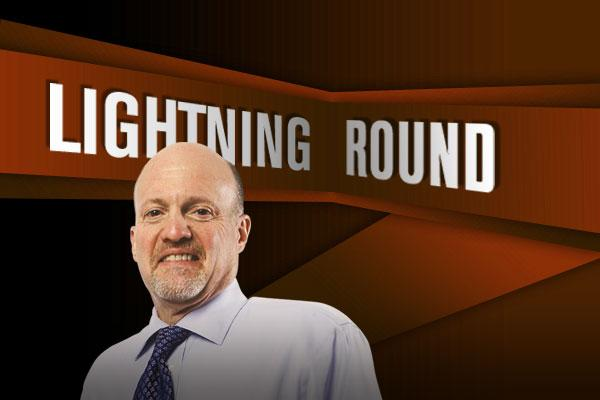'Mad Money' Lightning Round: I'm Not Turning My Back on Blackstone