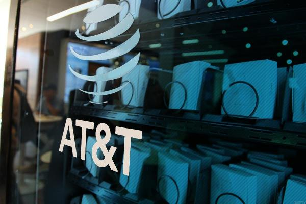 Att Slides After Q3 Earnings Miss Following Time Warner Takeover