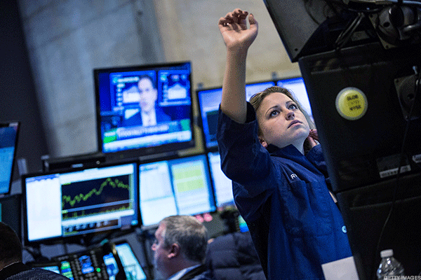 Dow Keeps Record-Breaking Streak Intact With Day 10 of All-Time Highs