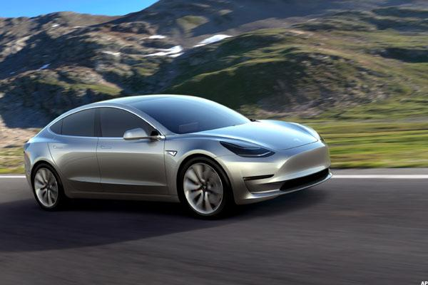 Tesla Plans Model 3 Test Build Kickoff Feb. 20, Plans July Production Start