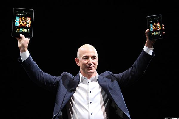 Amazon's Jeff Bezos just dropped a bomb on retail.