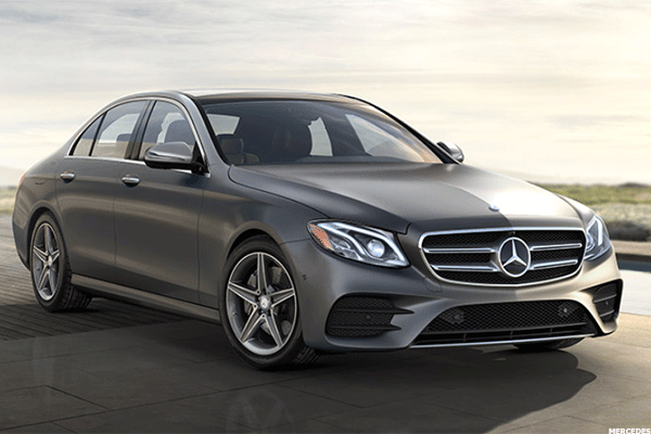 2. 2016 Mercedes Benz E300 4matic