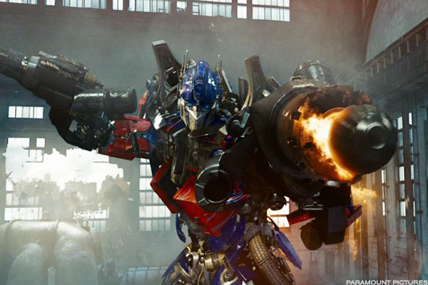 "2. ""Transformers: Revenge of the Fallen"" sets June opening-weekend record."