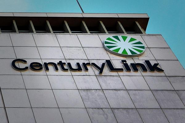 CenturyLink Shares Dive After 'Material Weakness' Found in Level 3 Accounting