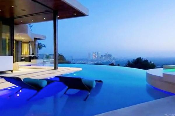 Bill Gates' Pool