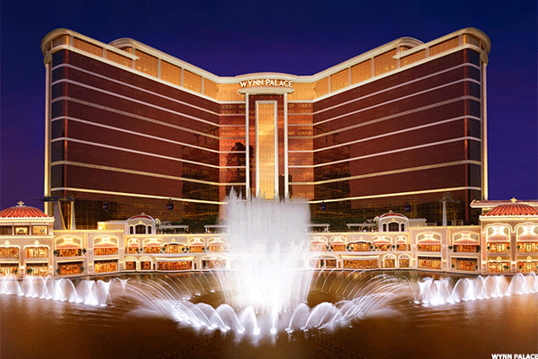 Jim Cramer -- Why Aren't Casino Stocks Wynn, Las Vegas Sands Higher?