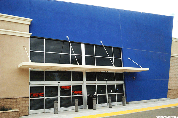 There's Really No Reason For Best Buy To Exist in the Age of Amazon -- This Analyst Explains Why