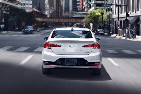 2019 Hyundai Elantra SE 2.0 L, 4 cyl, Automatic, Regular Gasoline