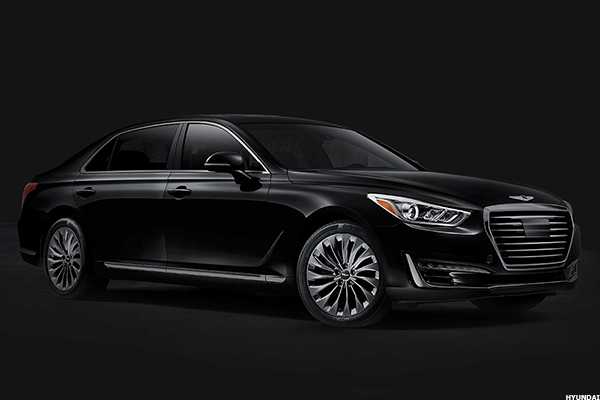 Hyundai Rolls Out First Large Sedan for U.S. Line of Luxury Vehicles