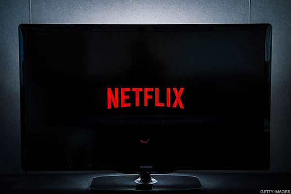 Netflix Shares Rip Higher on Blowout Sub Numbers: What Wall Street's Saying