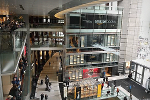 Today Is the Day Amazon Opens Its First Barnes & Noble Killer in New York City