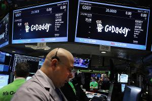 GoDaddy Shares Drop as CEO Steps Down