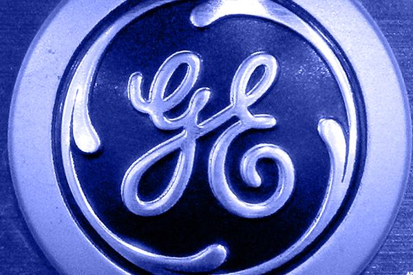 General Electric Drops Clues About Whether It Will Break Higher In