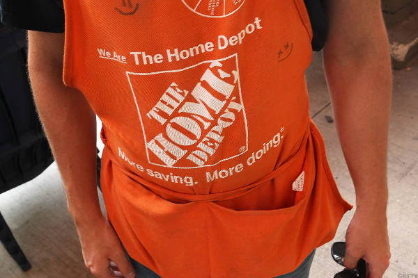 Home Depot Tops Q3 Earnings Estimate on Solid US Comps, Boosts Full-Year Outlook
