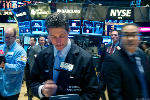 US Stocks Build Gains, Bond Yields & Oil Prices Rise, Amid Global Market Caution