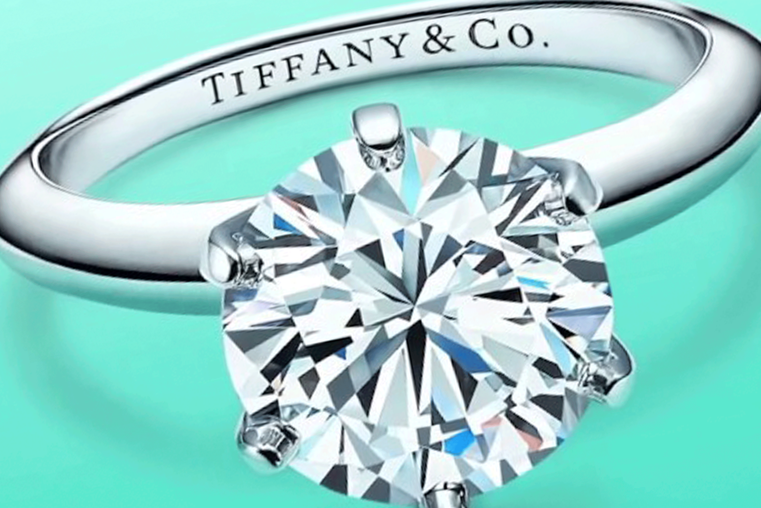 Tiffany Shares Gain Amid Reports of Improved LVMH Takeover Approach