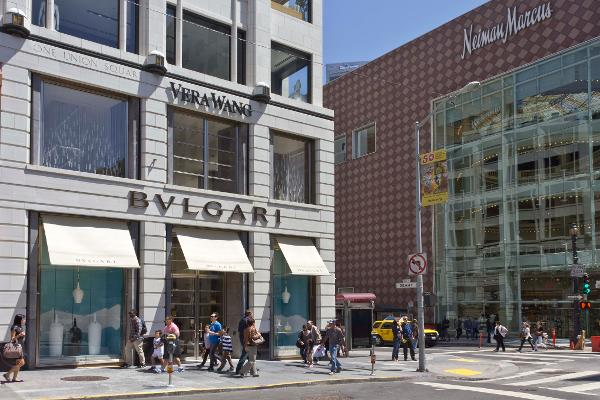 Here's Why Neiman Marcus Would Be a Terrible Purchase For Hudson's Bay